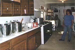 Dena Hastings in ihrer Küche