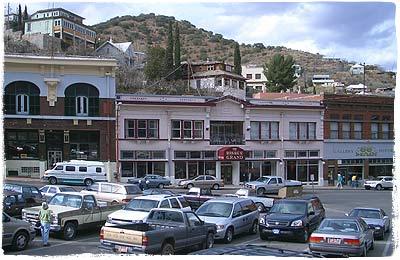 """Bisbee: Historische Altstadt mit """"Bisbee Grand Hotel"""""""