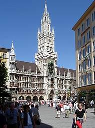 Münchner Rathaus, Marienplatz