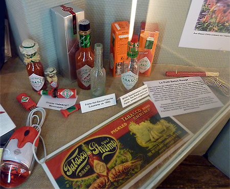 Tabasco-Soßen und Memorabilia